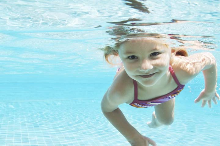 4 Tips To Help Your Kid Overcome The Fear Of Water