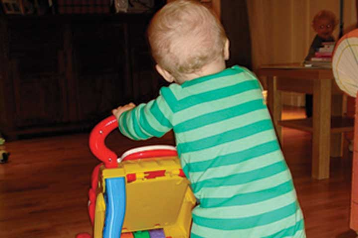 Your Child's Movements Are Now Accelerating- But Is Baby Walker A Good Choice?