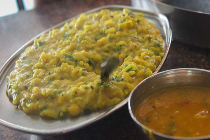 Dhal Khichdi For Giving Strength To Your Chota Rustum