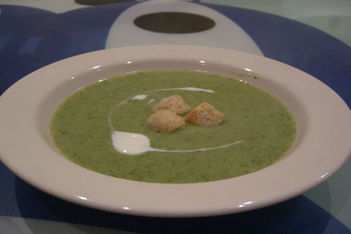 Hari Broccoli Soup