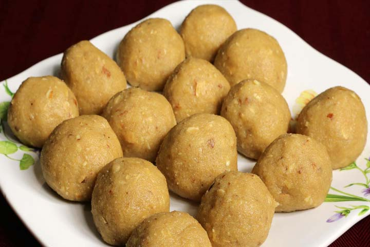 Tasty Atta Laddoos