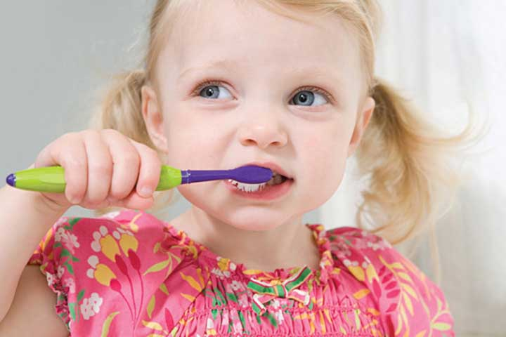 Your Little One is All Set For Her New Toothbrush and Toothpaste