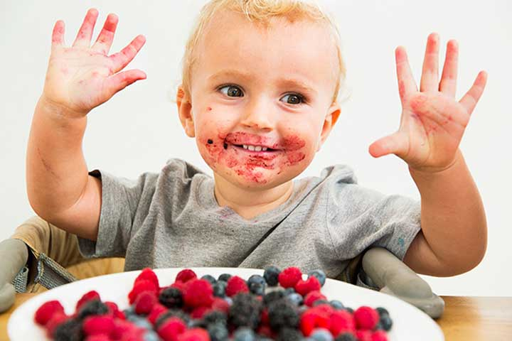 Your Child's Super Activeness Will Now Reflect in Her Messy Eating