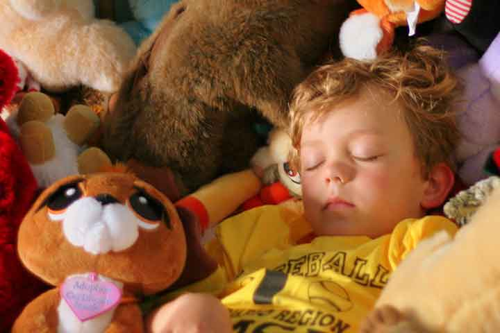 Your Child May Be A Problem Sleeper- What to do?