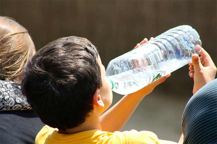 With Growing Food Cravings,Your Child Needs Hydration Most