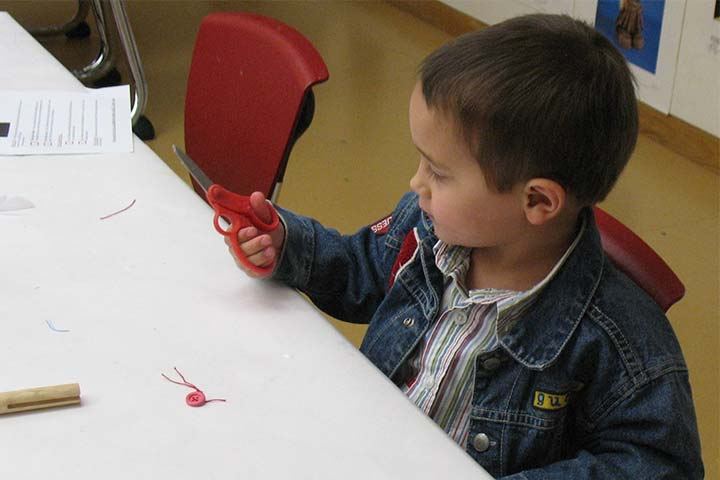 Is Your Child Fumbling With The Scissors? Here's What You Can Do!