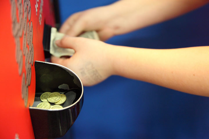 Imparting Financial Lessons To Your Child