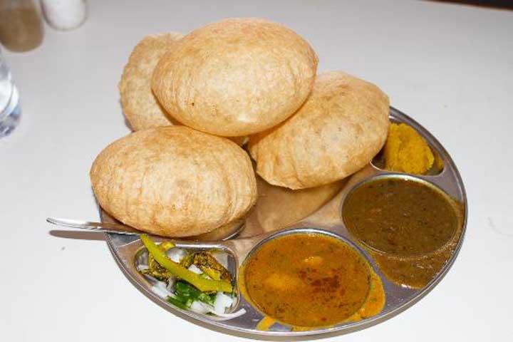 Yummy puri - Babbru
