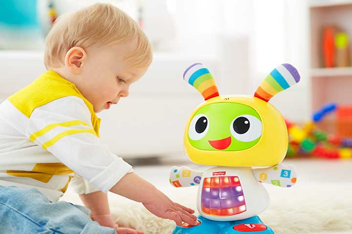 Your Baby Is Likely To Get Distracted By Moving Objects