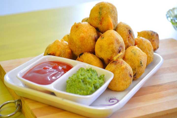 Yummy Crispy Batata Vada
