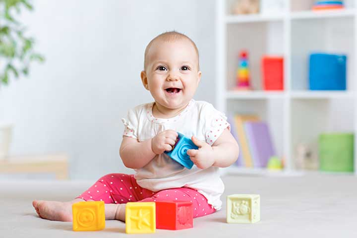 Big & Colorful Images Are The Main Attractions For Your Little Baby