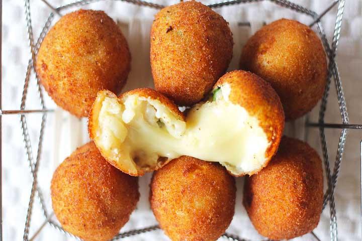 Cheesy Wheezy Soft Cheese Balls