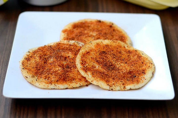 Delicious Podi Uttapam