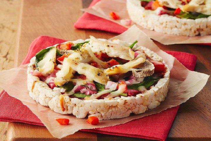 Delicious Rice Cake Pizza