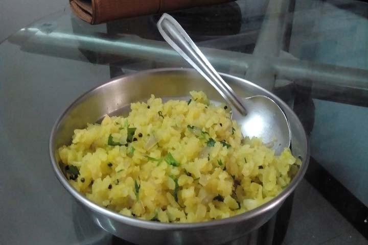 Delicious Kanda Batata Poha