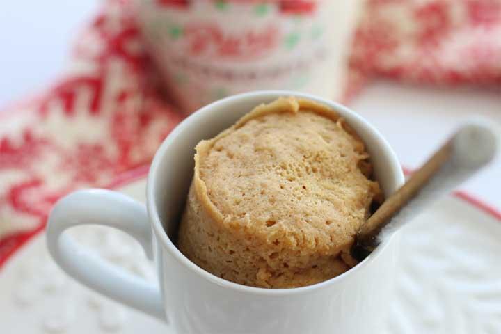 Yummy Eggnog Mug Cake
