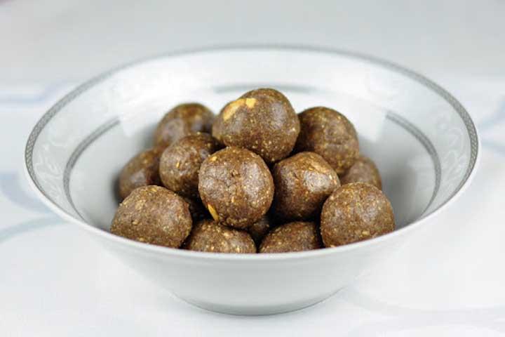Healthy Peanut Laddoos
