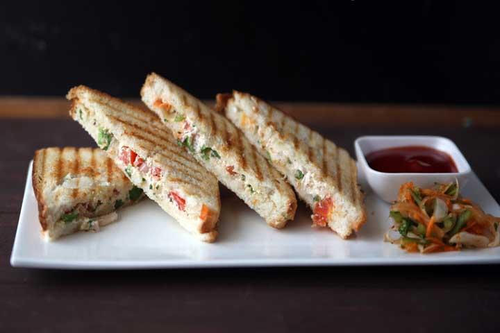 Hung Curd Sandwiches