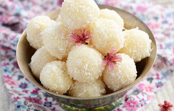 Nariyal (Coconut) Laddoo: A Mouthwatering Delicacy For Your Kiddo