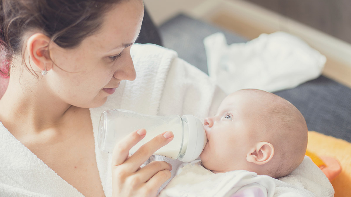 What To Expect In Formula Milk Fed Babies?