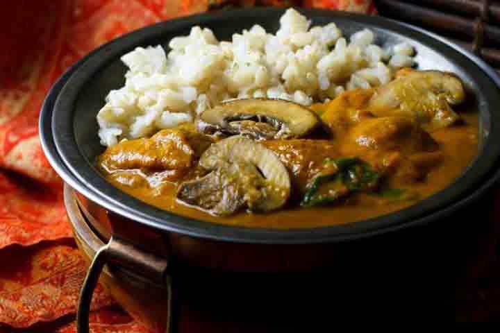 Palak Mushroom Curry