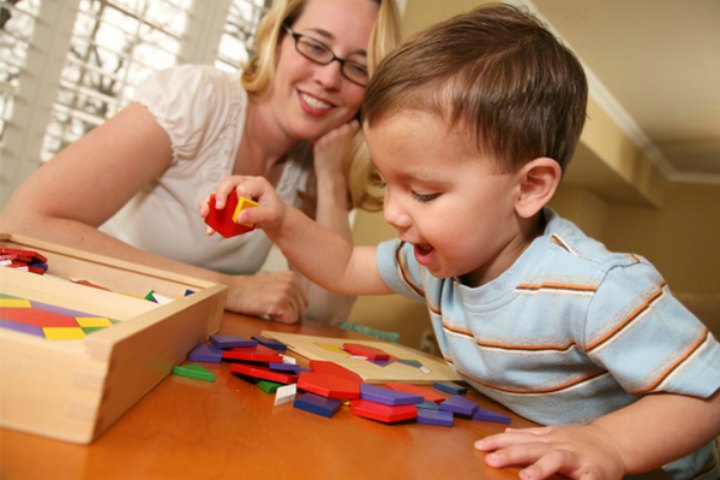 Playing With Your Toddler Is Fun!