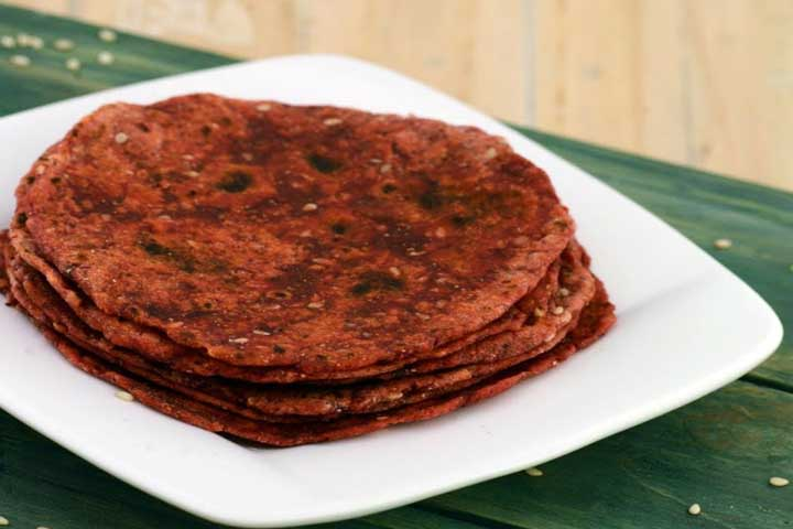 Attractive and Tasty Beetroot Roti