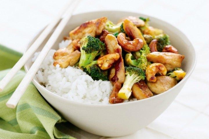 Thai Stir Fried Broccoli Chicken