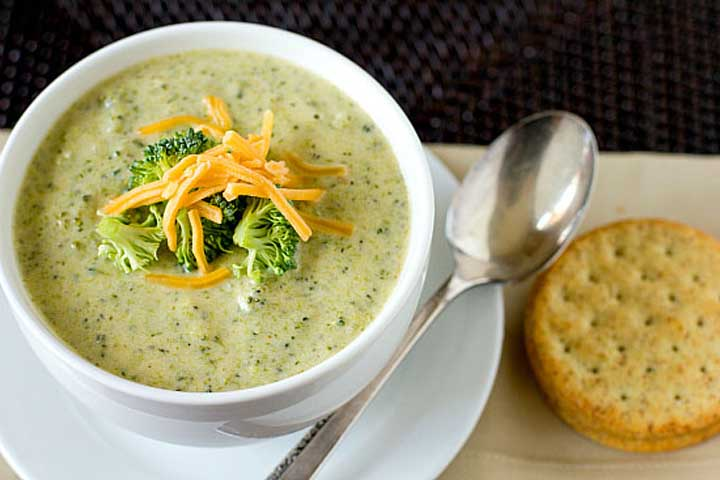 Vegetable Soup with Broccoli and Carrots