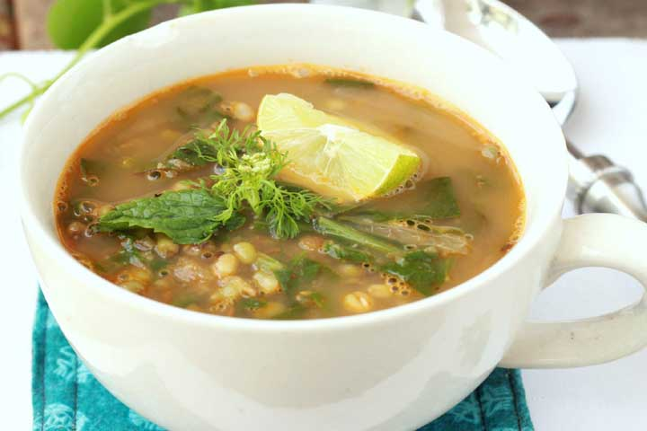 Vegetable Soup with Spinach and Sprouts