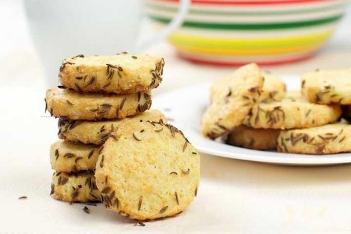 Wheat Paneer Biscuit