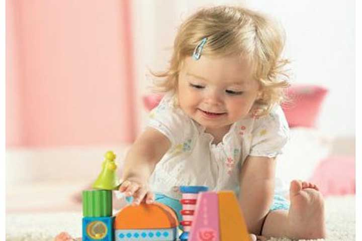 Your Baby Now Uses 5 Senses To Experience Familiar Toys!