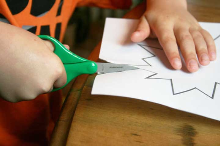 Your Child Can Now Cut Neatly Round Shapes