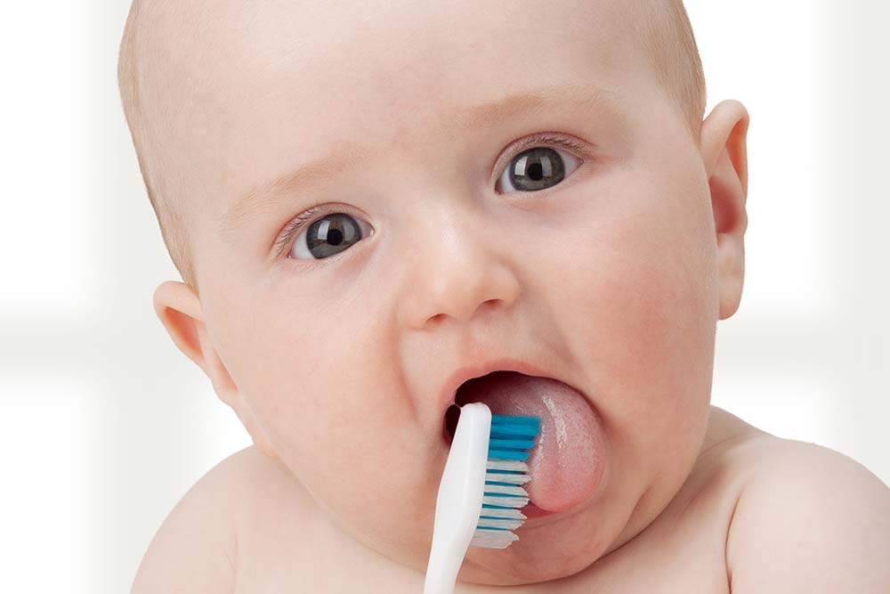 Oral Hygiene For Your Baby: Do's And Don'ts