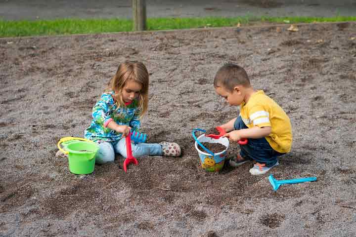 Your Child Is Able To Willingly Separate From You To Play With Her Friends