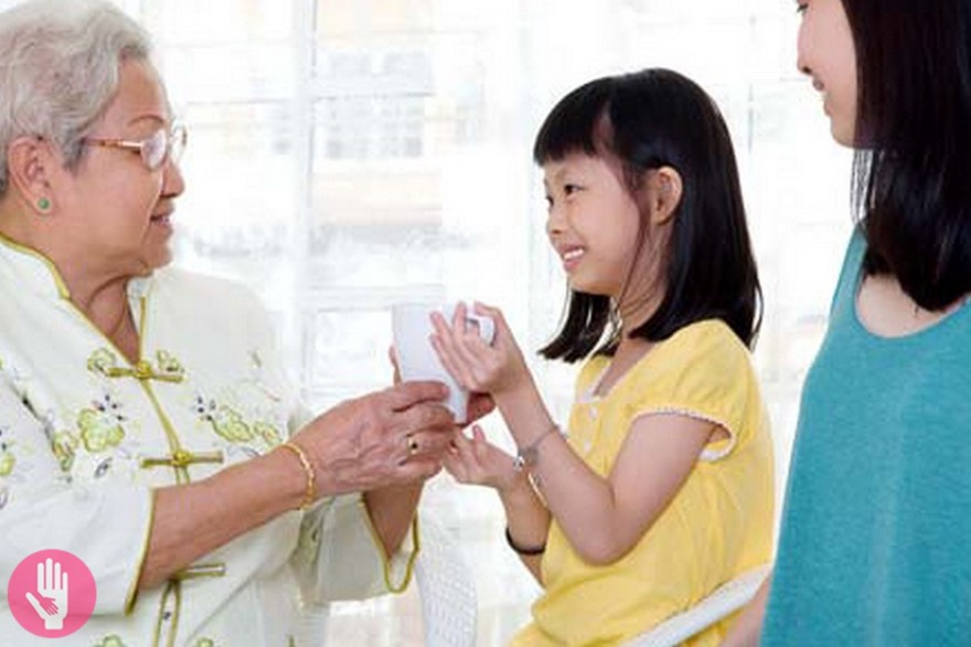 Top 5 Manners You Should Be Teaching Your Child