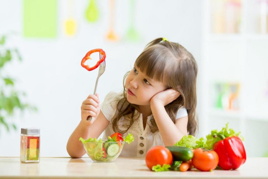 10 Tips To Handle Picky Eaters